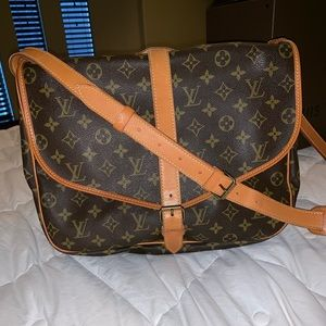 Louis Vuitton vintage in great condition Saumur 35